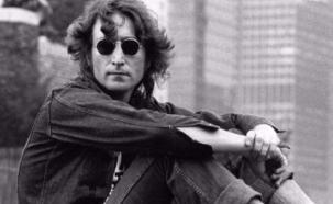 Exchófer de Yoko Ono, sospechoso de un espectacular robo de objetos de Lennon