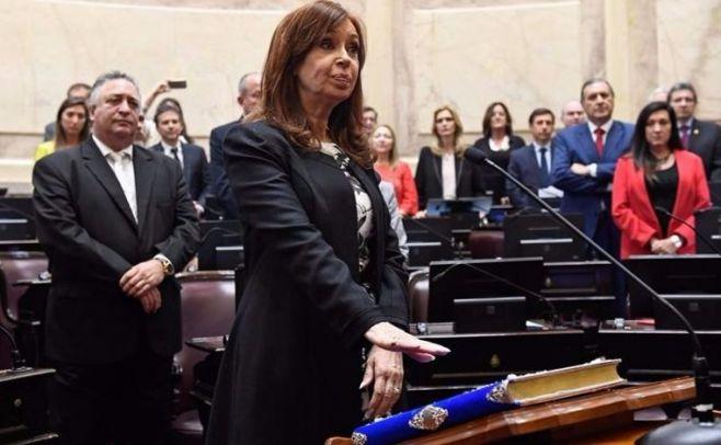 Cristina juró como senadora nacional