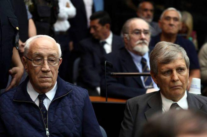 Condenaron a militares responsables de los vuelos de la muerte. Fotos: Diario de Navarra