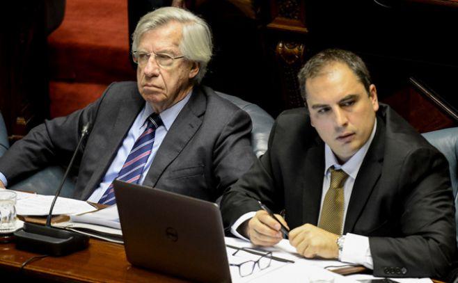 Astori dará explicaciones en el Parlamento por el plan de reestructura del BROU