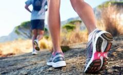 Advierten riesgos para la salud por uso asiduo de algunas prendas deportivas