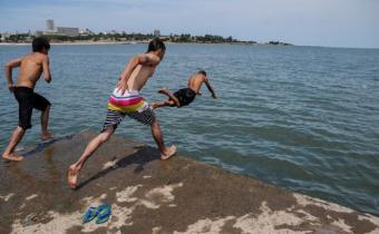 """Cisneros advierte """"ola de calor� en todo el país desde este martes"""