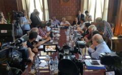 Frente Amplio llegó a un acuerdo sobre proyecto para dar solución a cincuentones