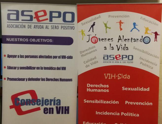 """""""El VIH no discrimina, la sociedad si"""". ©Enzo Villalba"""