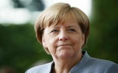 Casi la mitad de los alemanes quieren que Merkel dimita