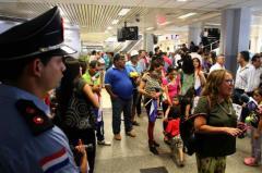 Asilados en Uruguay regresaron a Paraguay y fueron arrestados en el aeropuerto