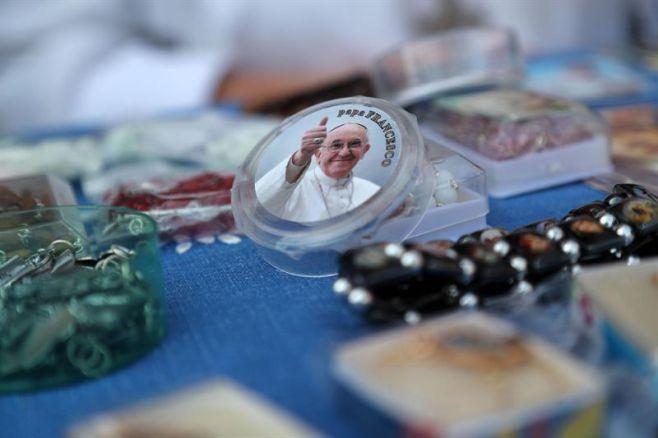 Apoyo al papa Francisco cae en Latinoamérica e Iglesia católica pierde fieles