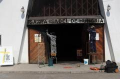 Más iglesias católicas atacadas en Santiago, previo a la visita del papa