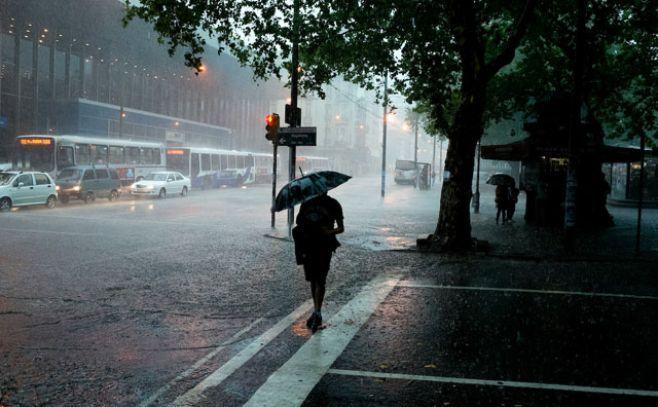 Alerta amarilla en nueve departamentos por tormentas fuertes