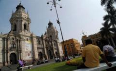 Un terremoto de magnitud 7,1 sacude la costa de Perú y causa al menos un muerto