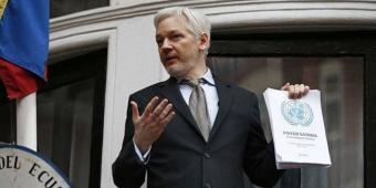 Apenas 16% de ecuatorianos aprueba nacionalización de Julian Assange