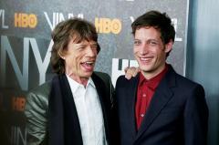 Un hijo de Mick Jagger actuó como DJ en balneario uruguayo de Punta del Este