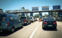 Comienza el cobro doble del peaje para quienes pasen por la vía de Telepeaje sin tener el servicio habilitado