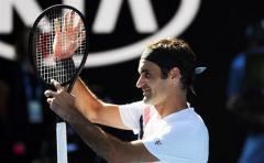 Federer desafía al tiempo y a Djokovic se le para el reloj