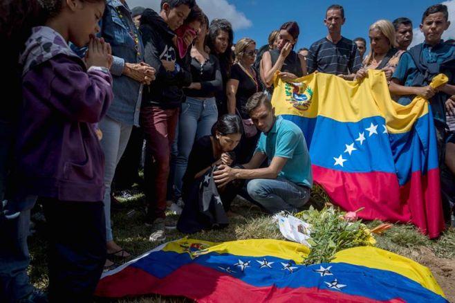 """Dispersan en Caracas una manifestación en """"tributo"""" a policía sublevado"""