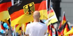 La derecha nacionalista alemana marcha por Berlín