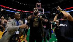 LeBron lo hizo de nuevo: jugará otra final de NBA