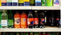 Asesores de la OMS divididos sobre impuestos a bebidas azucaradas para reducir obesidad