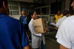 """Enfermeros venezolanos mantendrán protestas pese a """"presiones"""" de autoridades"""