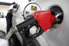 Reducen impuestos a combustible en estaciones fronterizas a Argentina