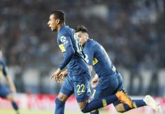 Boca rescató un empate ante el líder Racing