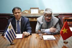 Uruguay y Vietnam celebran 25 años de relaciones con mira puesta al comercio