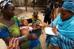 Once millones de niños podrían morir de neumonía hasta 2030, según ONG y médicos