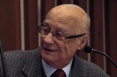"""Dr. Navascués: """"Nuestra obligación es investigar"""""""
