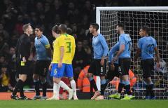 Uruguay perdió ante Brasil pero con correcto rendimiento