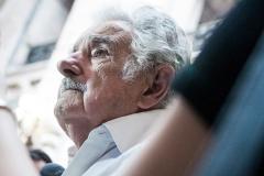 """Mujica: """"Fue un error pensar que los cambios se iban a dar si se modificaban las relaciones de producción"""""""