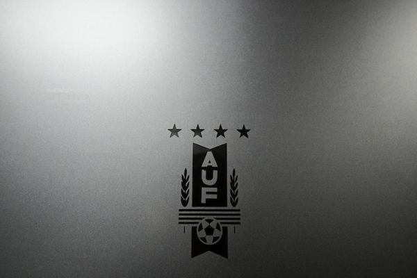 Fútbol uruguayo redacta y aprueba estatuto solicitado por FIFA y Conmebol