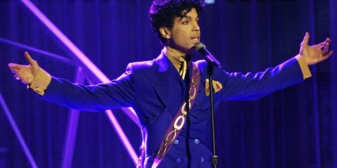 Universal trabaja en una película inspirada en las canciones de Prince