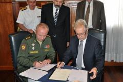 Avión que aterrizó en Montevideo para G20 era civil, asegura la Embajada rusa