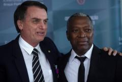 Bolsonaro designa último ministro y conforma inédito Gobierno cívico-militar