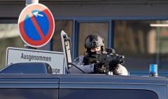 """Policía francesa """"neutraliza"""" a atacante de Estrasburgo"""