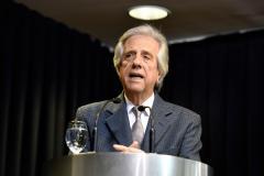 """Vázquez destaca crecimiento de Uruguay pese a """"vientos de cola"""" en Sudamérica"""