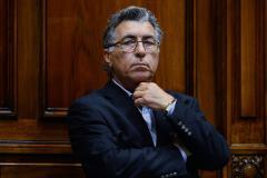 Darío Pérez dejó nuevamente al Frente Amplio sin mayoría parlamentaria
