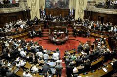 La oposición presentó inconstitucionalidad contra ley de voto en el exterior