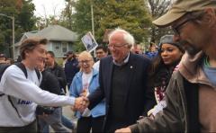 Demócratas cuestionan candidatura de Sanders tras denuncias de acoso hacia su equipo electoral