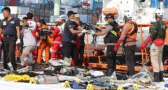 Reanudan la búsqueda de caja negra del avión accidentado de Lion Air