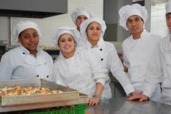Estudiantes de la UTU de gastronomía se perfeccionan en Francia
