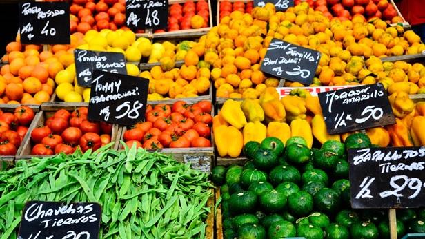 Aumentó el precio de frutas y verduras a causa de las lluvas